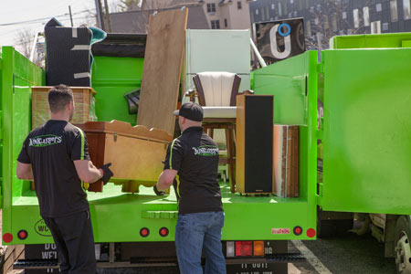 Professional Garage Cleanout & Junk Removal in Flushing, Astoria, Forest Hills & Nearby